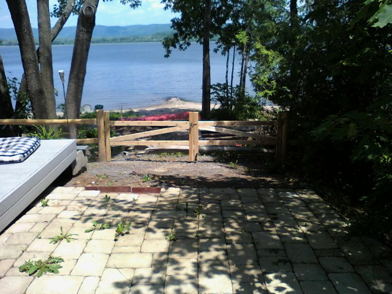Post and beam driveway gate